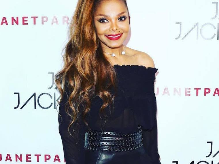 The 4-move, no-equipment workout that helped Janet Jackson take back the stage