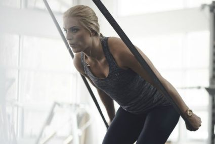 This is how Olympic skier Lindsey Vonn stays fit while traveling