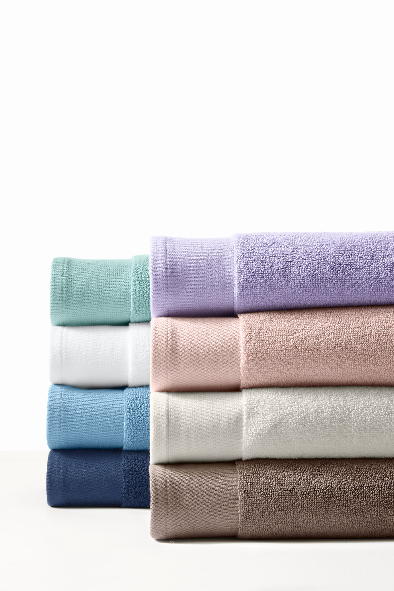 Thumbnail for 4 ways to make sure you pick the fluffiest towels ever