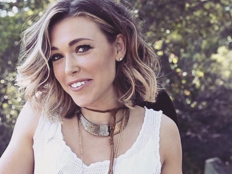 How to Support a Friend Who Has Breast Cancer, According to Rachel Platten