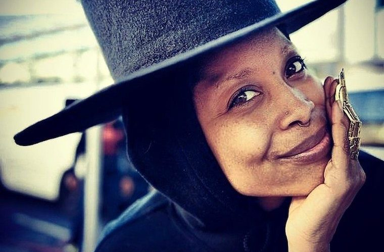Erykah Badu wellness lessons