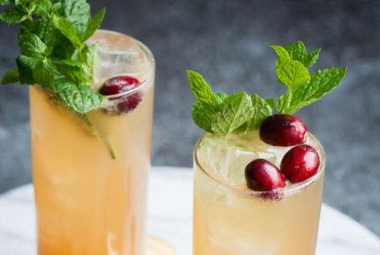 5 festive mocktails for every holiday party on your calendar