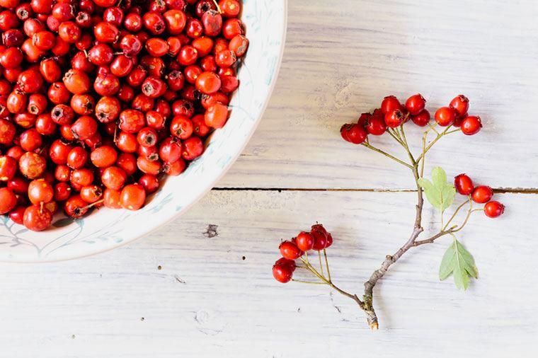berries for bloating