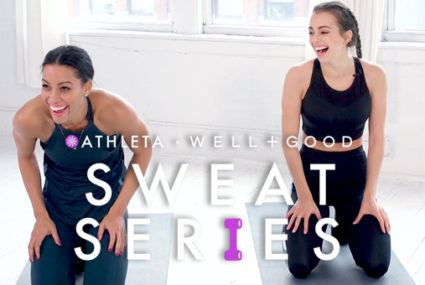 This 5-minute arms and abs routine will be your go-to workout this season