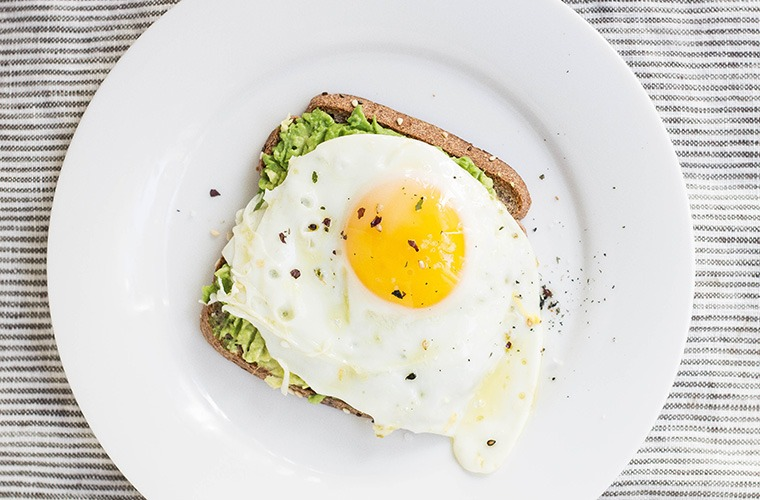 Avocado Toast Is A Top Breakfast Trend Of 2017 Well Good