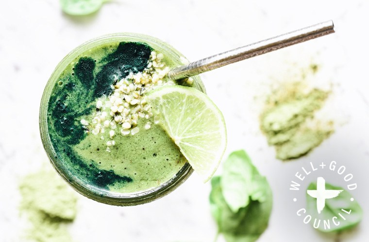 Thumbnail for Elle Macpherson's smoothie recipe for glowing, #nofilter skin