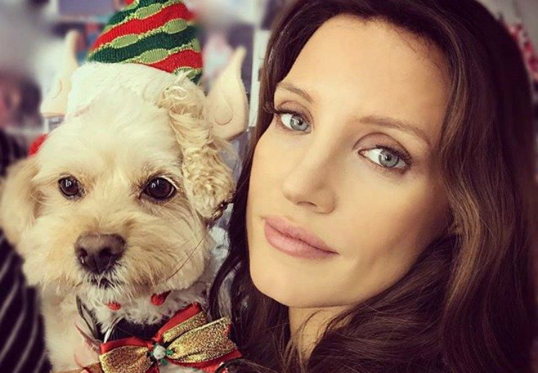 Jessica Chastain dog