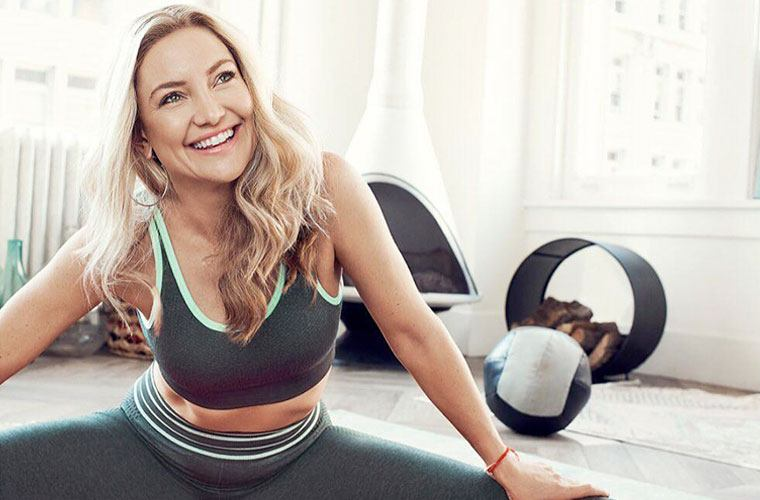 Thumbnail for The ab-sculpting, leg-strengthening (equipment-free!) Pilates move Kate Hudson swears by