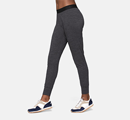 4aa8021e703 Thumbnail for 8 pairs of warm and cozy leggings for your winter workouts