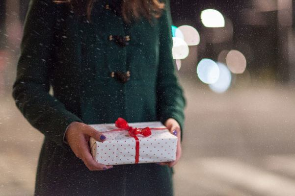 Thumbnail for Why to wrap the gifts you're traveling with *after* your flight