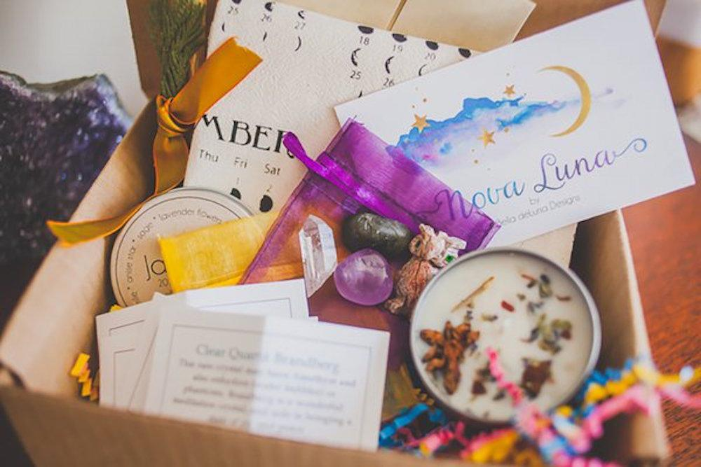 nova luna goddess subscription box