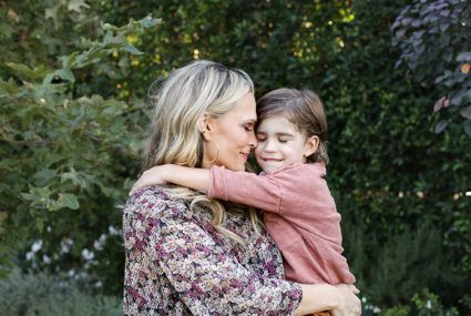 5 super-relatable tricks Molly Sims uses to battle stress