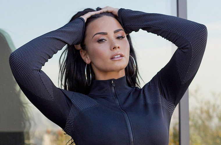 Thumbnail for The 7 coolest pieces to snag from Demi Lovato's Fabletics collab before they sell out