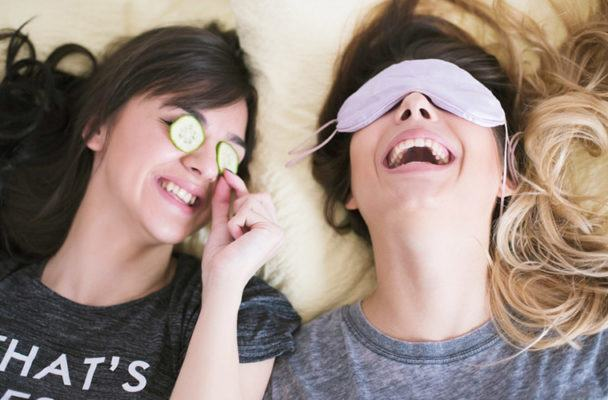 Quiz: What should you do during your next chill girls' night in?