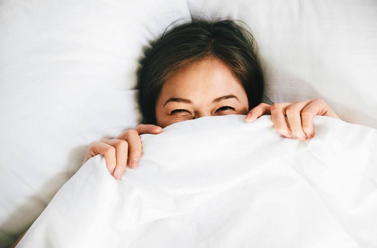 6 hacks for sleeping comfortably in the summer heat