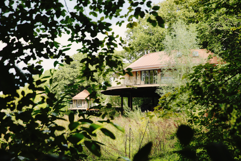 The Treehouse-best retreats to sleep outside.