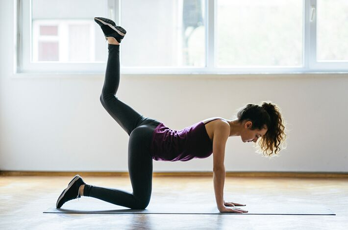 This butt-sculpting workout is so good, you'll want to buy new leggings