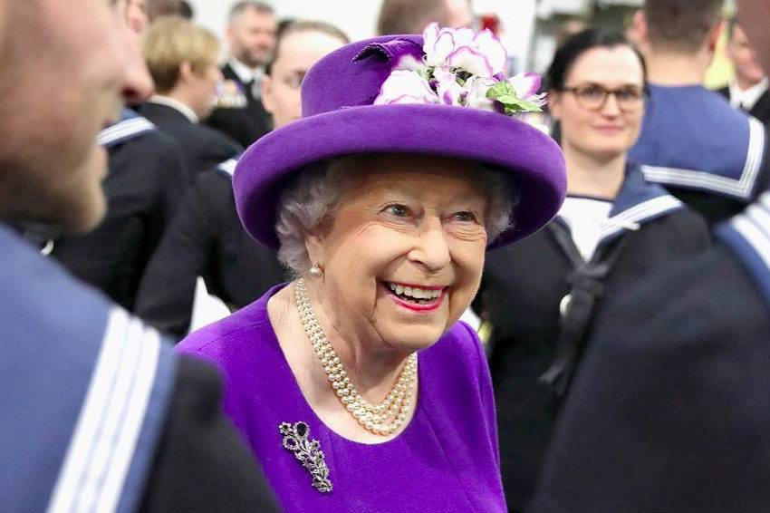 Queen Elizabeth is pushing to give Buckingham Palace an eco-friendly makeover