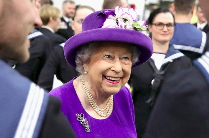 Thumbnail for Queen Elizabeth is pushing to give Buckingham Palace an eco-friendly makeover