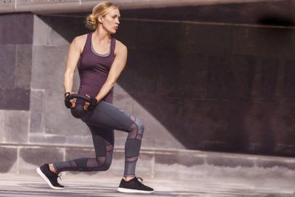 Carrie Underwood's trainer's at-home ab workout