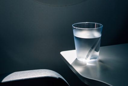 Why you should stock up on water (and ditch caffeine and alcohol) while flying