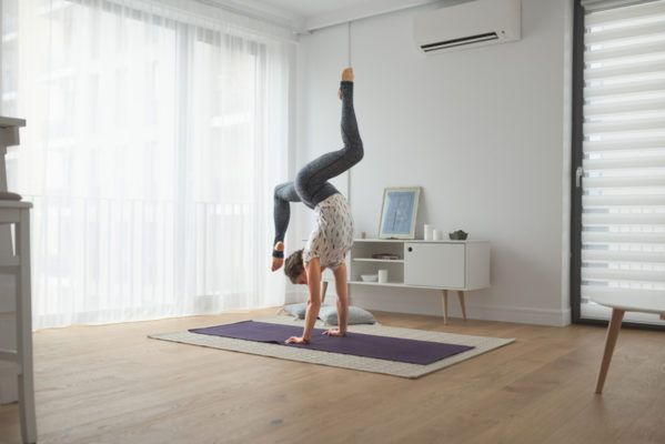 7 abs exercises to help you nail your handstand press