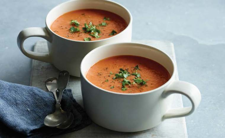 Tomato Roasted Garlic Soup