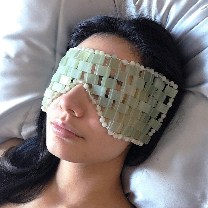 jade eye mask puffiness