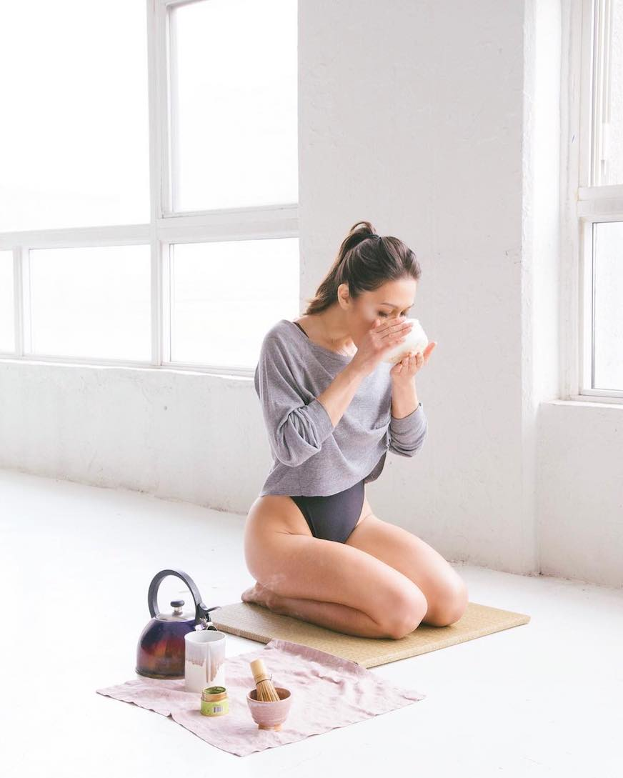 Candice Kumai pre-flight anti-inflammatory tips