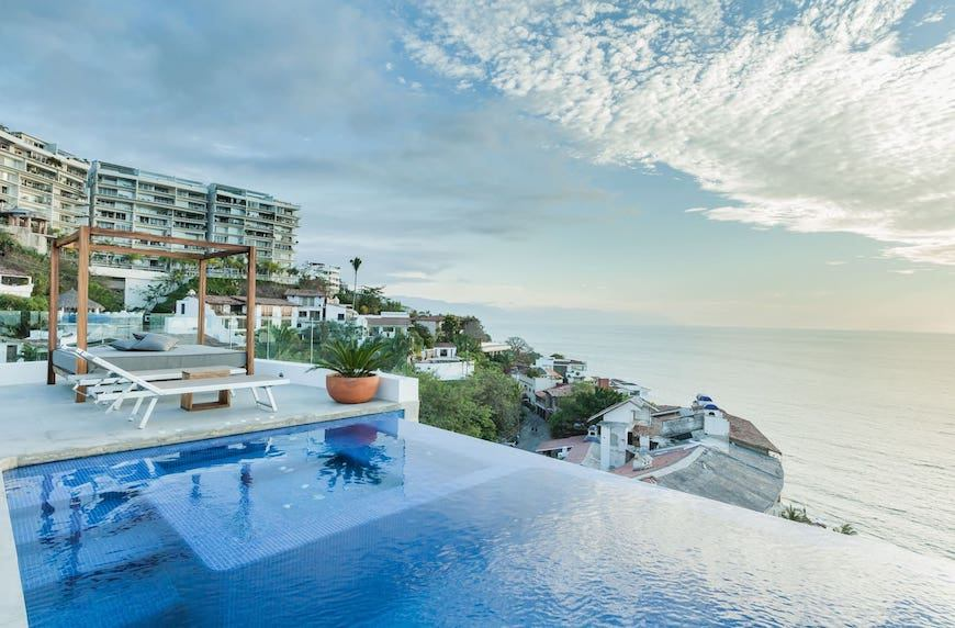 5 Airbnbs with dreamy pools around the world