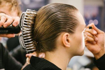 NYFW brings back '90s hair trends