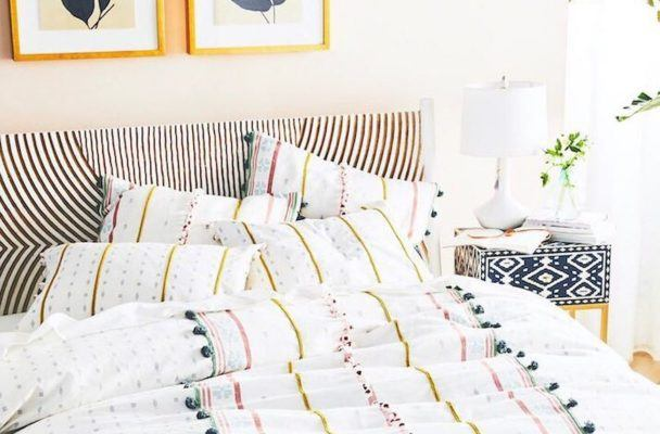8 dream-inducing bedspreads on sale at Anthropologie right now