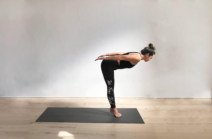 Yoga diver's pose