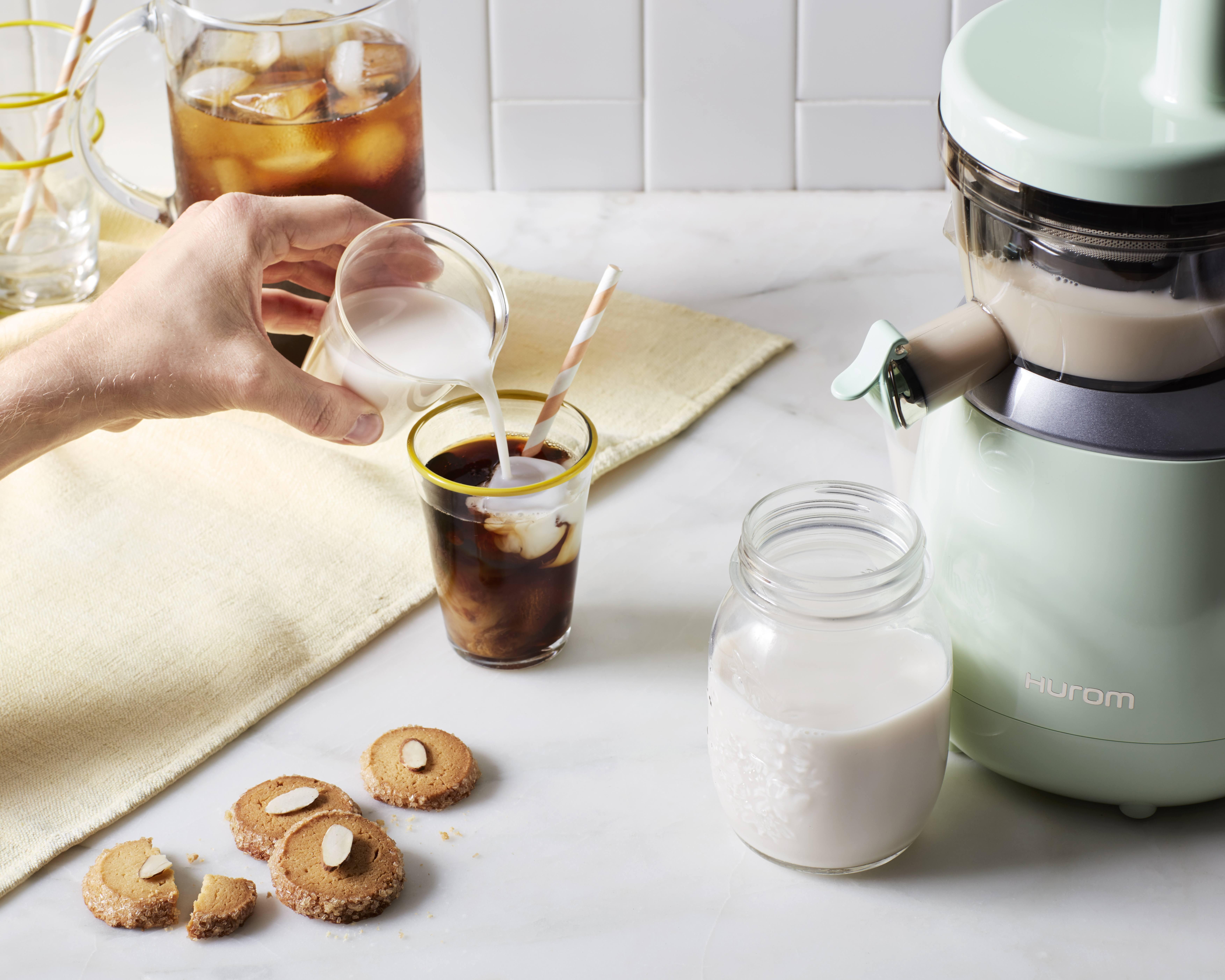 Hurom slow juicer diy almond milk
