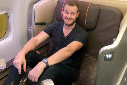 2 simple (and totally free!) ways the Points Guy avoids jet lag