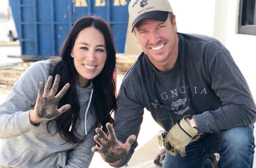 "Thumbnail for New ""Fixer Upper"" spin-off promises to provide Chip and Joanna–approved home decor tips"