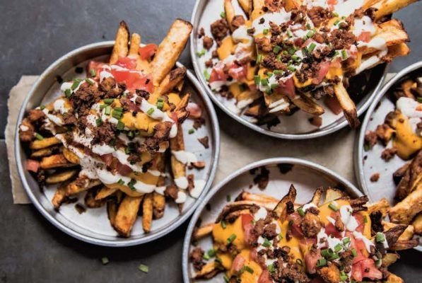 These Healthier, Loaded Fries Are About to Be Your New Late-Night Snack
