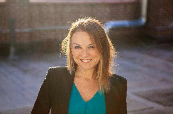 3 pieces of modern relationship wisdom from rock star psychotherapist Esther Perel