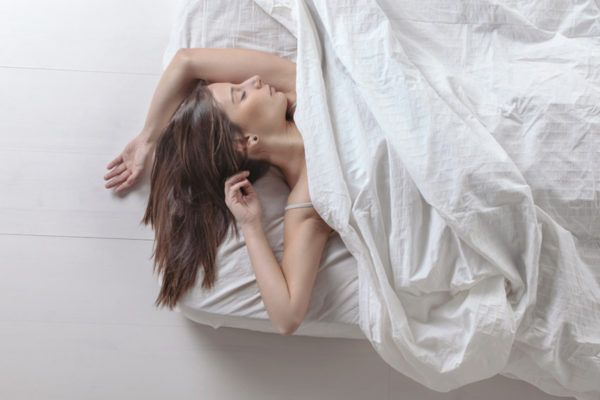 The common ways temperature wrecks your sleep—and what to do about it