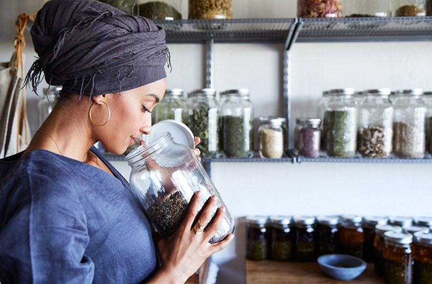 Thumbnail for Here's the Dirt on Herbalism—the Alt-Health Practice That's Sprouting up Everywhere