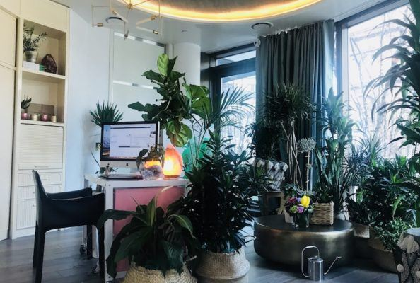You're going to want to replicate Sophia Gushée's plant-filled office ASAP