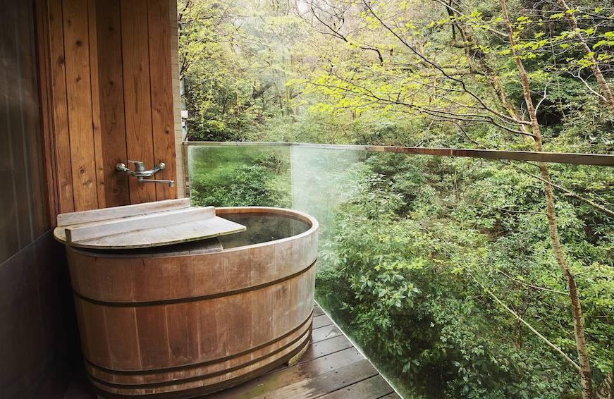 Thumbnail for 5 minimalist Zen dens in Japan where you can unwind on a restorative vacay