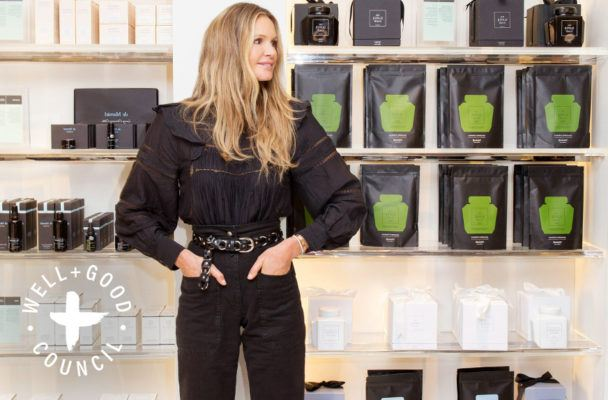 Elle Macpherson shares her chocolate truffle recipe—and it's *good*