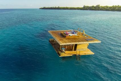 Floating hotels for a dreamy aquatic vacay