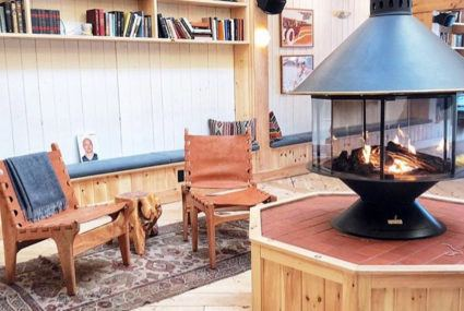 How to get cozy cabin vibes in your own home