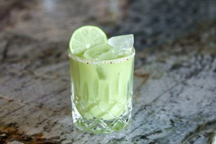 How to make a healthy-ish margarita for cinco de mayo