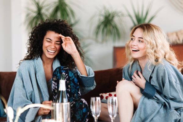 How to Maintain a Healthy Relationship With Your Wedding-Planning BFF
