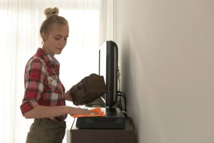 Spring clean your living space in 10 minutes flat
