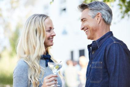 How to navigate the dating scene when you're in your 40s
