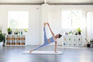 This Is the Ideal Mat To Use for Every Type of Yoga, According to the Pros